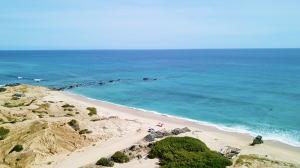 Nine Palms Beach Piedra Verde
