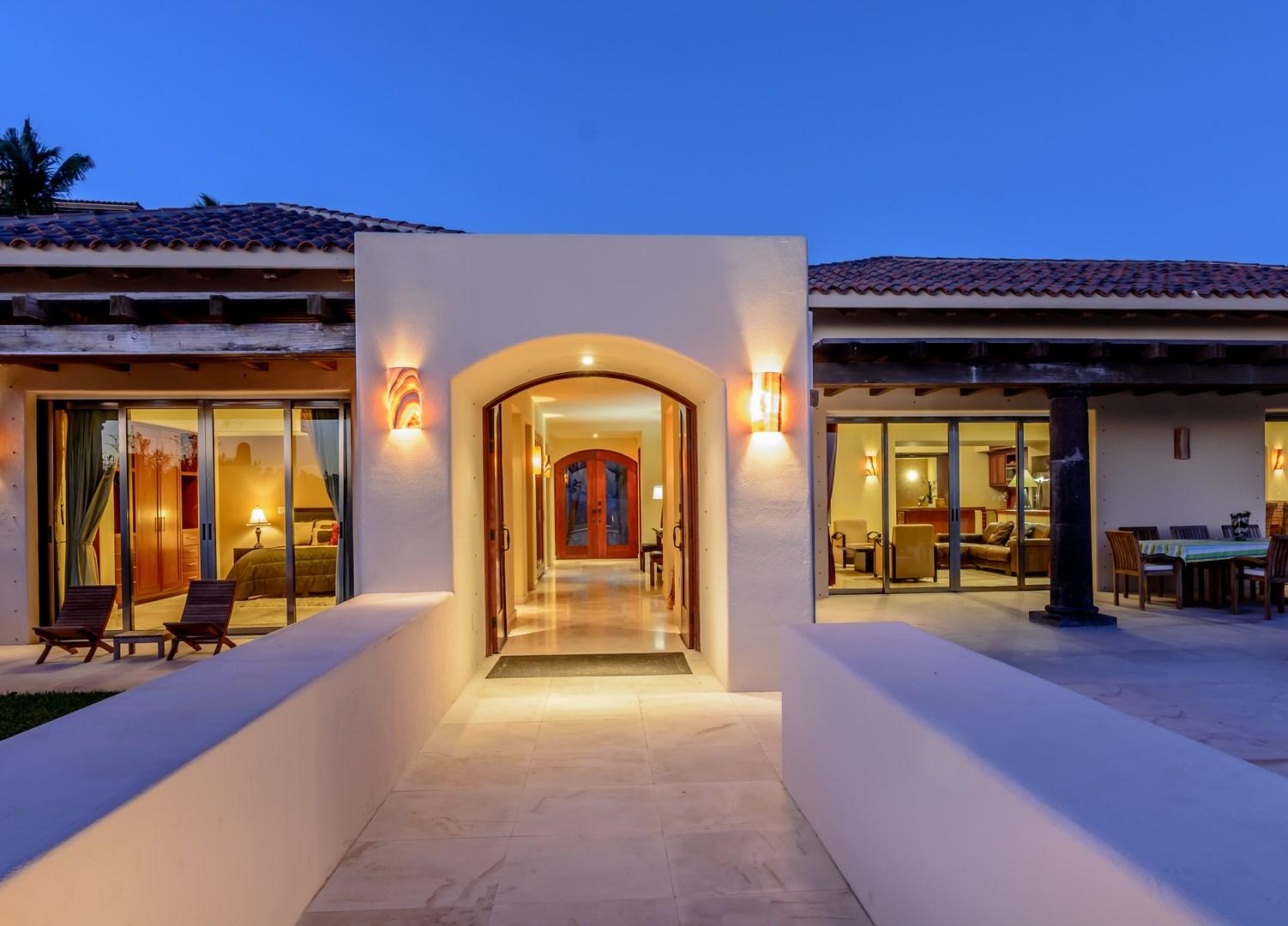 San Jose del Cabo, 4 Bedrooms Bedrooms, ,4 BathroomsBathrooms,House,For Sale,Padre Kino,19-1