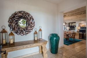 Hotel Main Entrance, Valet Cir, Esperanza, Luxury Villas 4 bed, Cabo Corridor,
