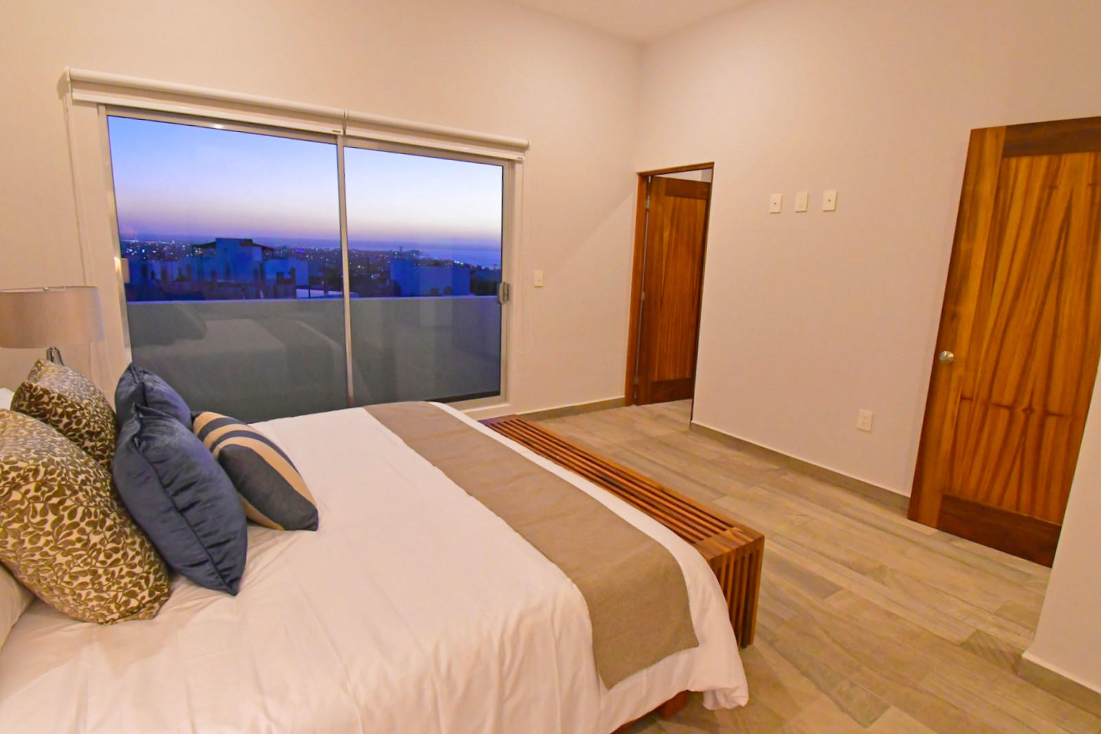 La Paz, 3 Bedrooms Bedrooms, ,2 BathroomsBathrooms,House,For Sale,torres cantera residences,19-92