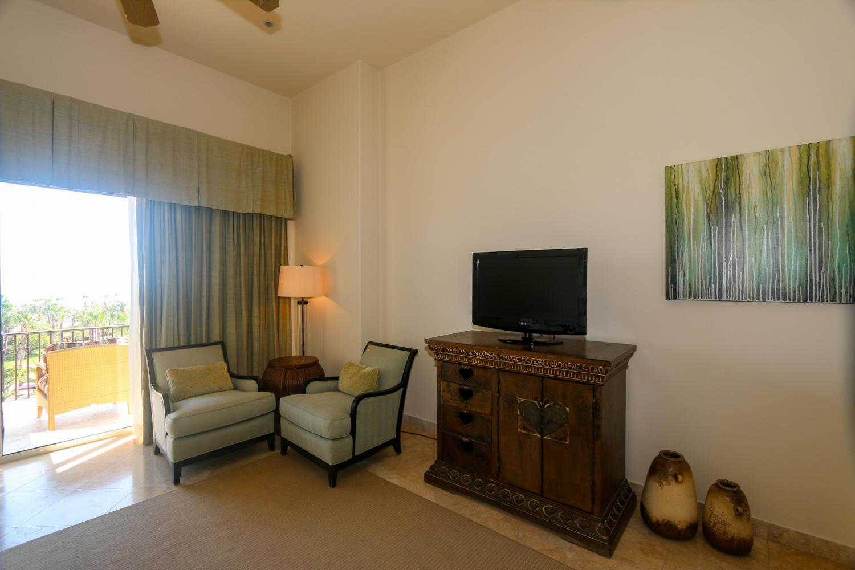 Auberge Residences Penthouse-44