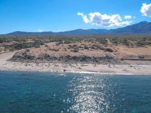 Boca beachfront homesite, East Cape,