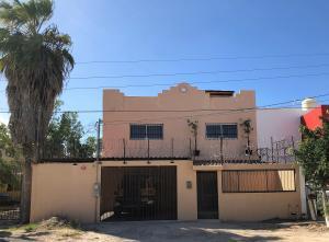 s/N Baja Calif. e/Zapata y la carr, Casa Chametla, La Paz,