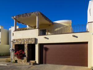 Anzures Lot 41 Mza 57, Casa Montereal, San Jose del Cabo,