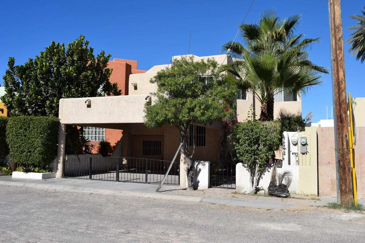 La Paz, 4 Bedrooms Bedrooms, ,2 BathroomsBathrooms,House,For Sale,Retorno Los Peces,19-447