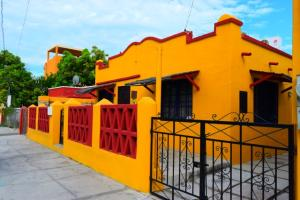 1045 Aquiles Serdan, Casa María, La Paz,