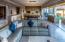 Open plan livingroom, diningroom, kitchen