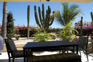 Ret. Punta Palmillas, Club La Costa Villa 8 Phase I, San Jose del Cabo,