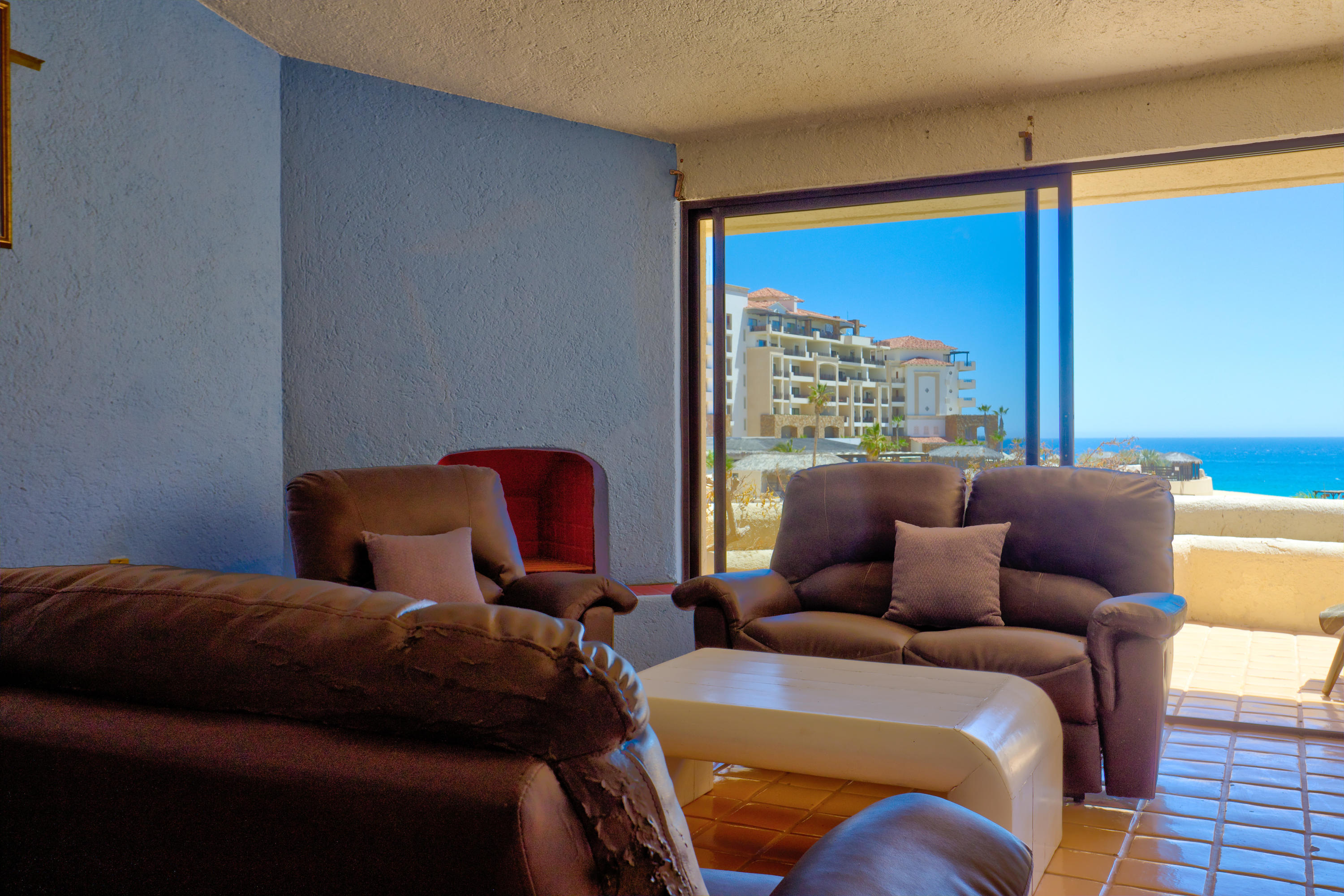 Cabo San Lucas, 2 Bedrooms Bedrooms, 5 Rooms Rooms,2 BathroomsBathrooms,Condo,For Sale,Av Solmar,19-889