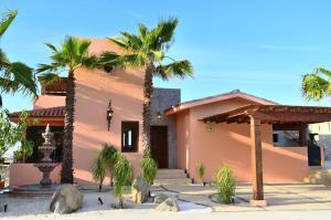 103 Paseo Vista Hermosa, Villa Mango Club Campestre, San Jose del Cabo,