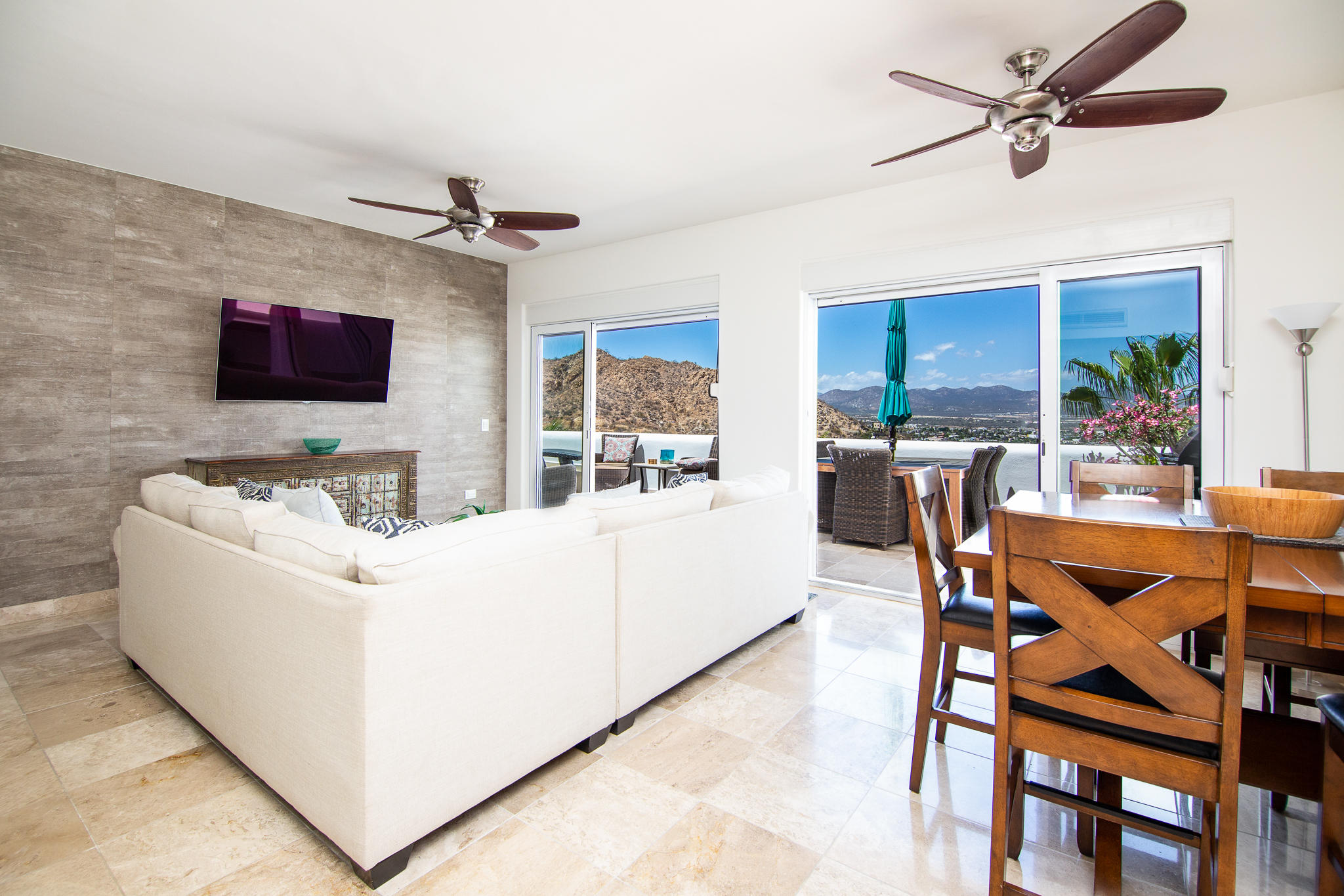 Cabo San Lucas, 2 Bedrooms Bedrooms, ,2 BathroomsBathrooms,Condo,For Sale,Camino a Colegio SN,19-1314