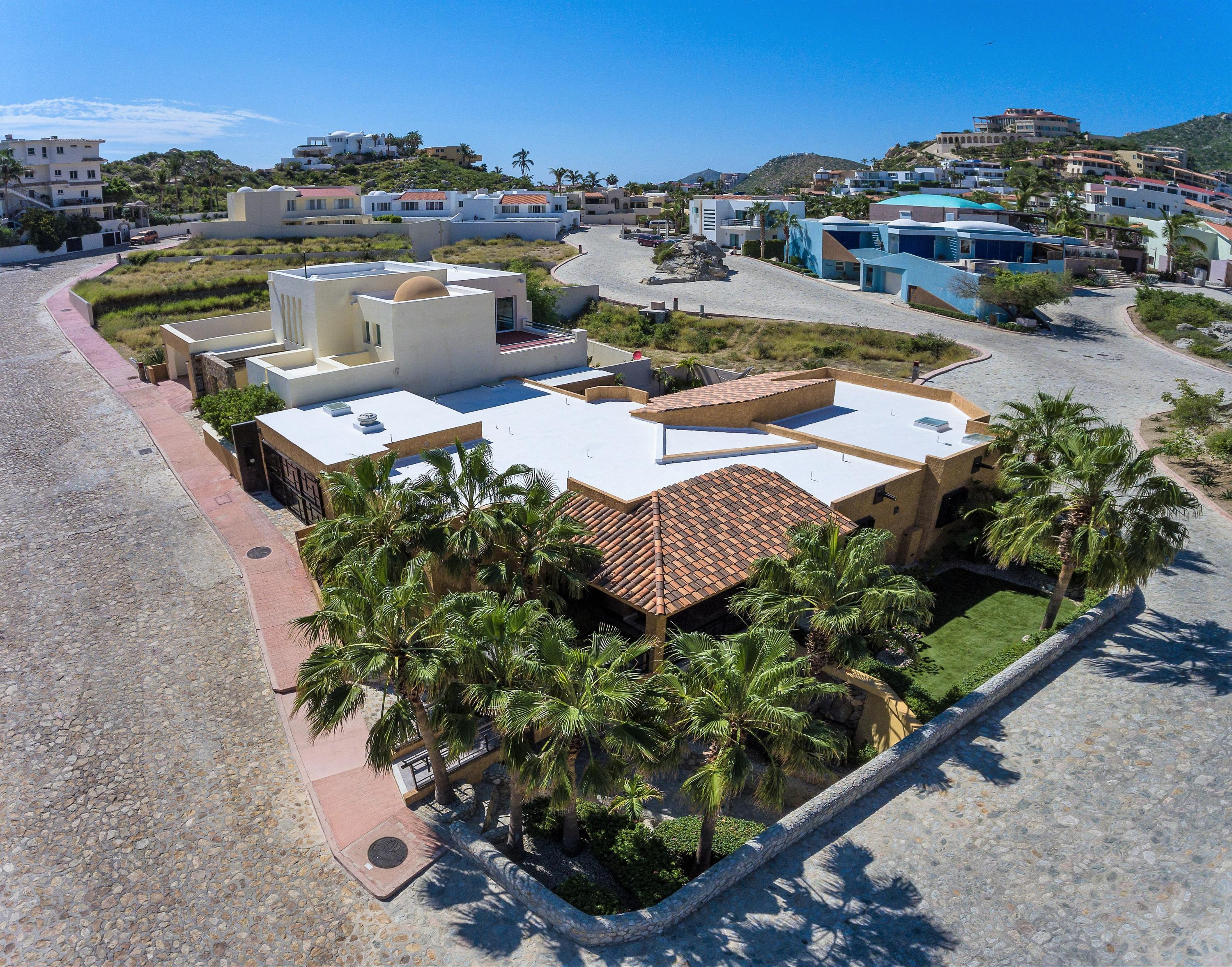 Cabo San Lucas, 4 Bedrooms Bedrooms, ,4 BathroomsBathrooms,House,For Sale,Camino del Mar,19-1491