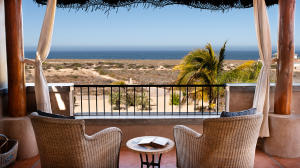 180' Pacific Ocean views all the way to La Pastora surf break