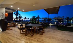 Vista coral Ocean Front Residences