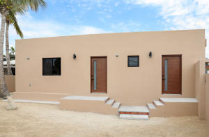 Calle Sin Nombre, Rare investment Property, East Cape,