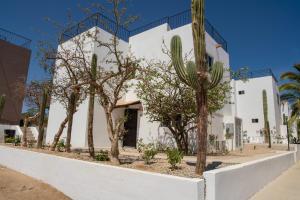 Villa 15 Cluster 4, Cabo Corridor,