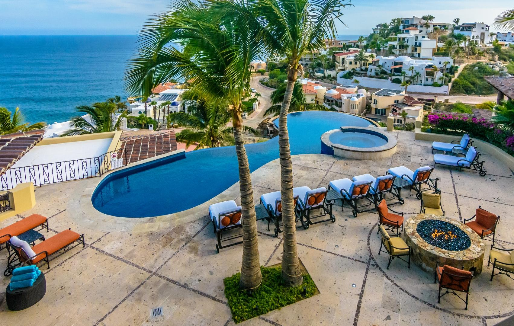 Cabo San Lucas, 8 Bedrooms Bedrooms, ,8 BathroomsBathrooms,House,For Sale,Camino de Los Gatos,19-2249