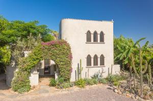 Casa Morocco, Calle Los Mangos, Pacific,