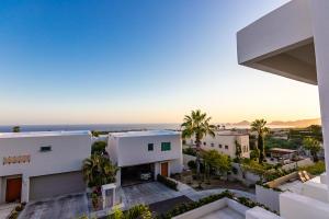 Great Views- Gated Community, Casa 16 Agaves, Cabo Corridor,