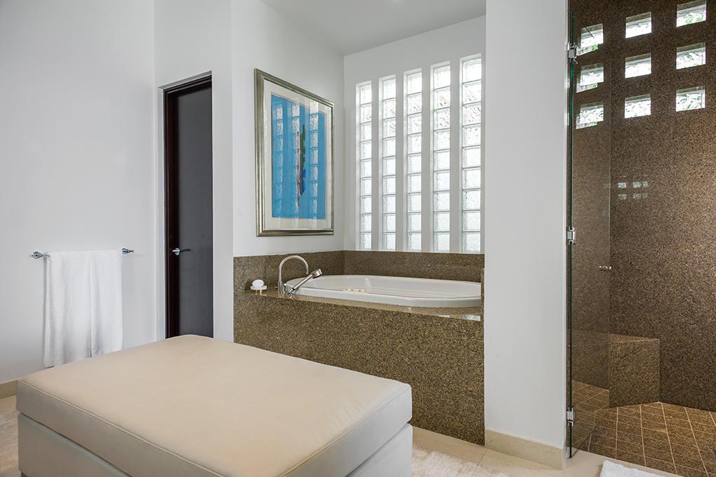 Estate Villa 494-22