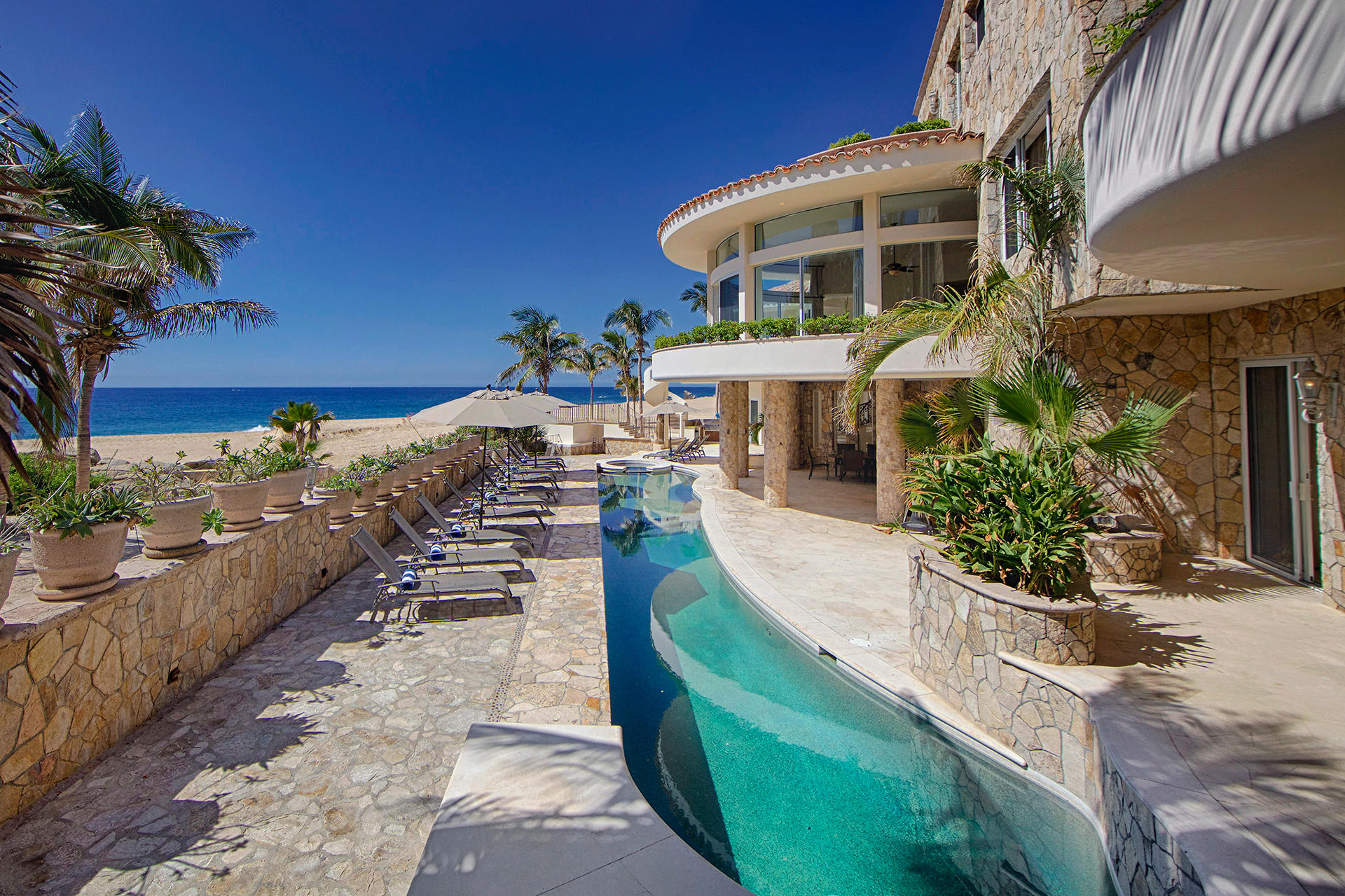 Cabo San Lucas, 5 Bedrooms Bedrooms, ,6 BathroomsBathrooms,House,For Sale,Pedregal,19-3113