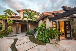 13 Club Villas, El Camino, San Jose Corridor,