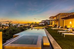 220 Avenida Padre Piccolo, Villa Leonardo, San Jose del Cabo,