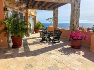 450 Camino del Mar, Casa Roka, Cabo San Lucas,