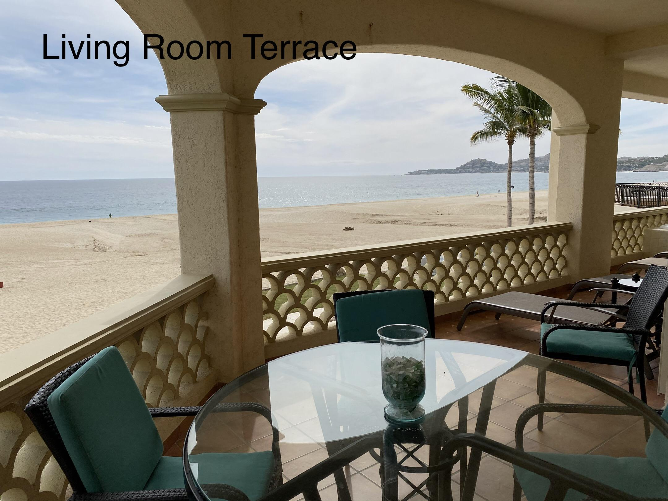 San Jose del Cabo, 2 Bedrooms Bedrooms, 6 Rooms Rooms,2 BathroomsBathrooms,Condo,For Sale,Paseo Malecon San Jose,20-277