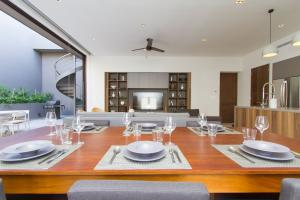 The Paraiso Residences, The Paraiso Residences 1402, Cabo San Lucas,