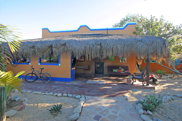 East Cape, 4 Bedrooms Bedrooms, ,2 BathroomsBathrooms,House,For Sale,Calle Jonathan,20-296