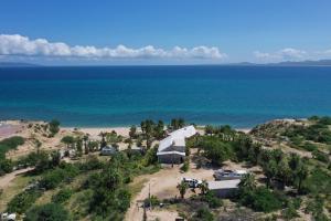 Beach house El Sargento
