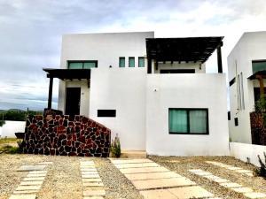 Coto 2 Santa Catarina, Casa Rafael Cumbres del Tezal, Cabo Corridor,
