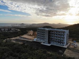 Tower Bahia, Sabina, Cabo Corridor,