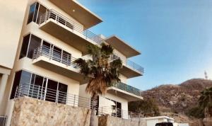 12 DE OCTUBRE, Maya Condo, Cabo San Lucas,