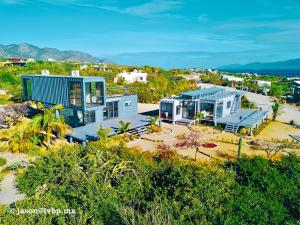 CONTAINER MODEL HOMES
