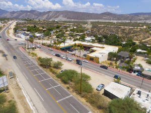 Carr. Transpeninsular Los Barriles. Plaza and Commercial lot across the street.