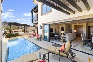 Extraordinary Villa