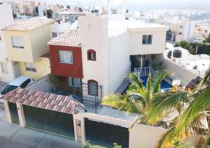 L6 M6 Calle Mar del Caribe casa 2, Altos de Miramar, Cabo San Lucas,