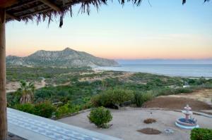Los Frailes, 71 Vista del Mar, Casa Pescador, East Cape,