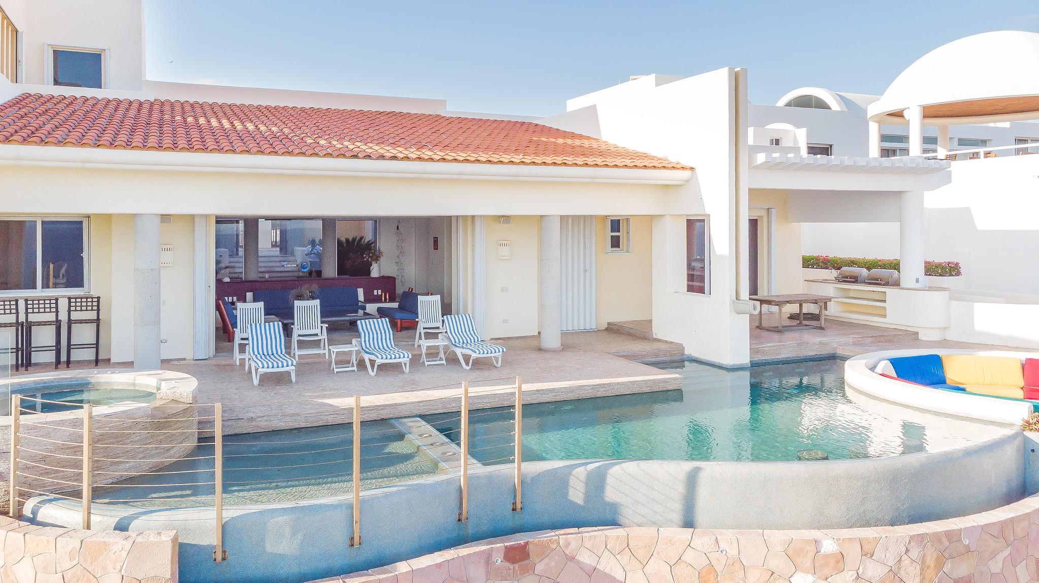 Mi Casa de Cabo,C dela Gravera-1
