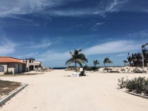 Ave Playa Feliz, Lighthouse Point Lot B6, East Cape,