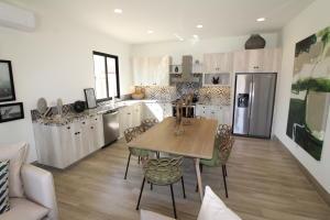 Mavila 3 bed kitchen