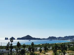 BAY VIEW 2BED PENTHOUSE, VISTA DEL ARCO., Cabo Corridor,