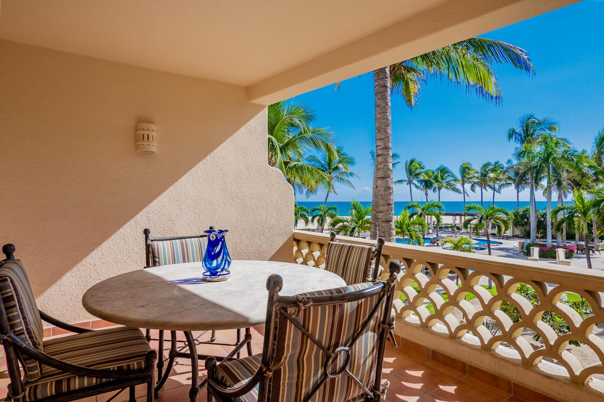 Villa Paraiso del Mar #204-8