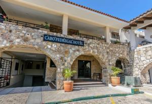 Cabo Pedregal Hotel