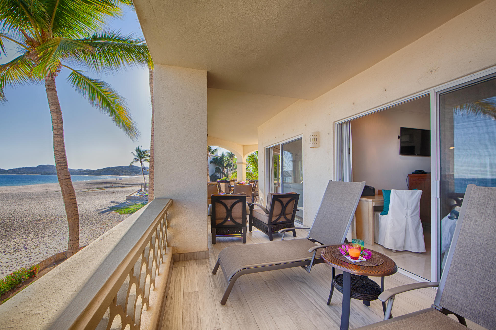 A3 Las Mananitas Beach Condo-7