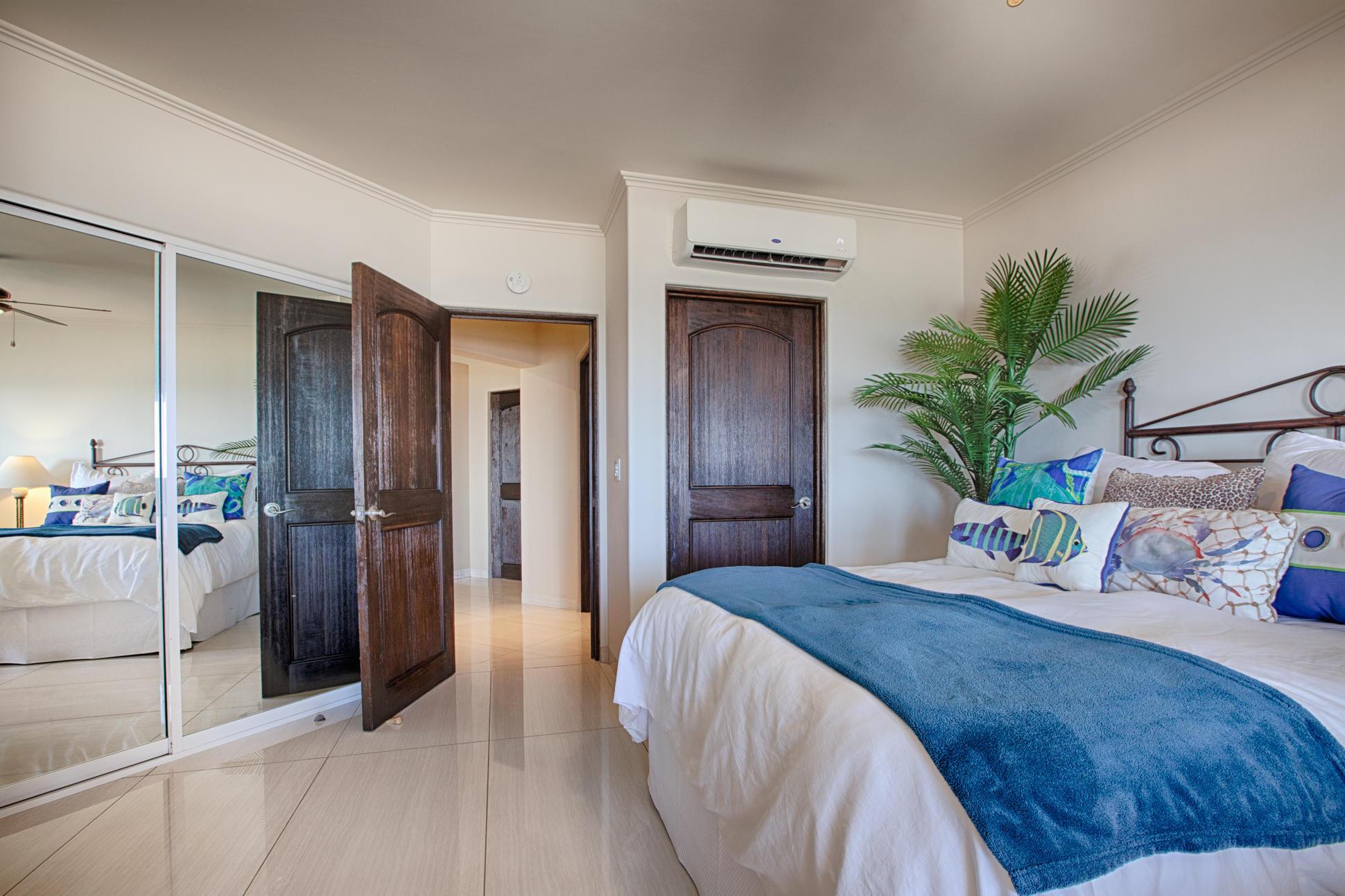 A3 Las Mananitas Beach Condo-13