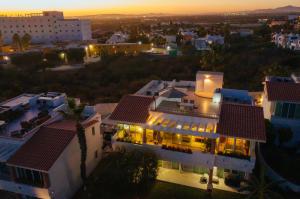 Villa Neptuno, Rainbow 23, Cabo Corridor,