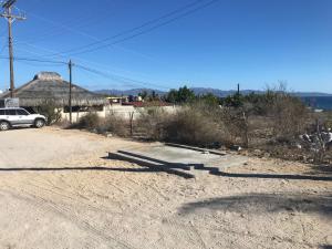 CORREDOR ISLA CERRRALVO, COMMERCIAL CORNER, La Paz,